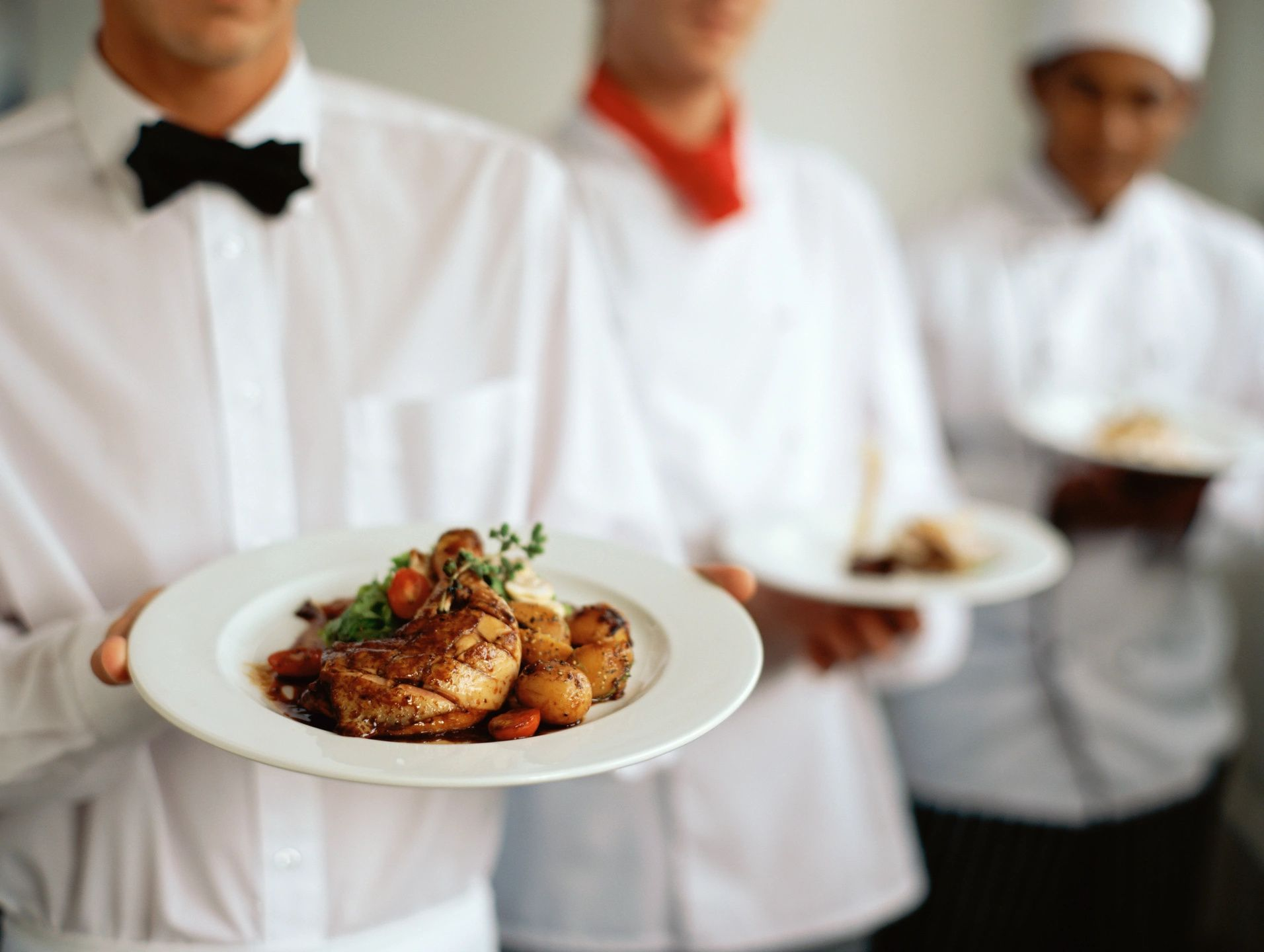 How To Find A Lunch Caterer